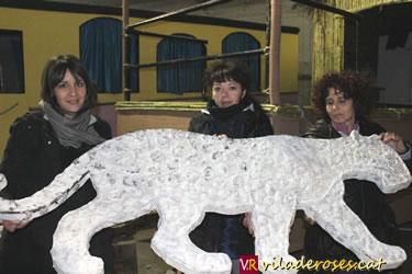 Integrans de la colla Bruel amb un lleopard