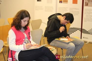 L'Irene i l'Asade en un moment de la semifinal del concurs Verbalíada