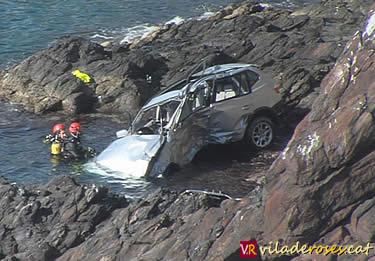 Vehicle precipitat a Cala Montjoi