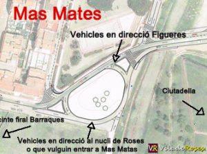 Rotonda a l'entrada de la urbanització de Mas Mates