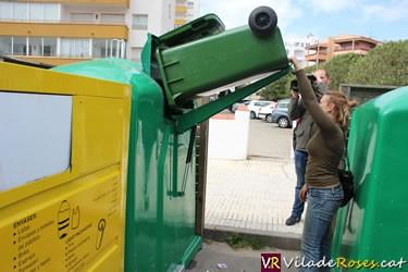 Nous contenidors per a la recollida de vidre