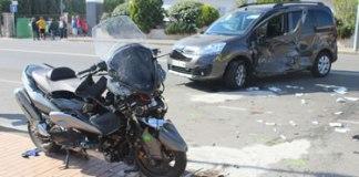 Dos ferits greus a Roses en un accident entre un cotxe i una moto