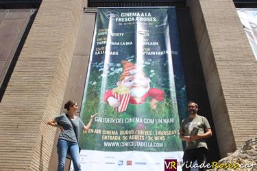 Arriba a Roses l'activitat que combina Patrimoni històric i Cultura, el Cine Ciutadella