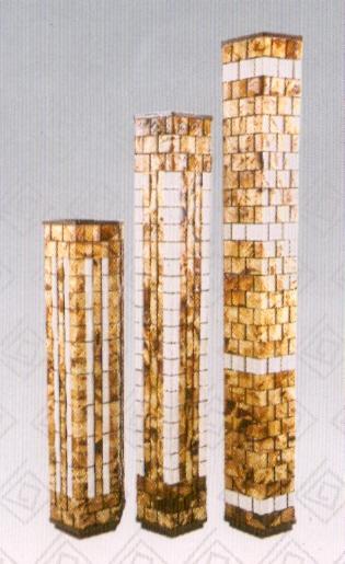 Luminárias Torre linha Clorofila da Simone Oliveira