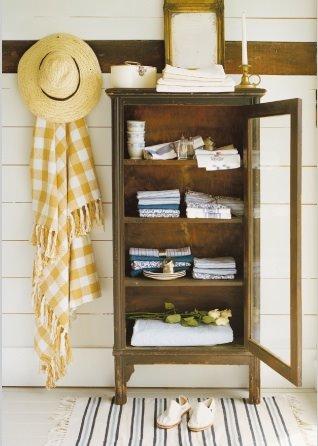 Reforme seu armário antigo e decore a sua casa