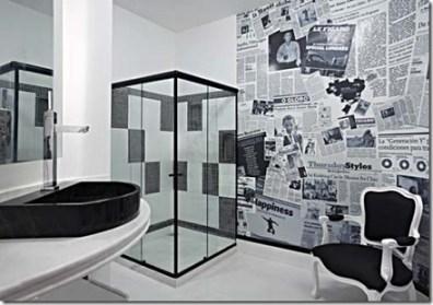 Jornal na parede o banheiro
