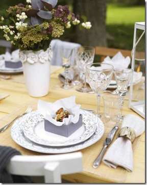 Arrume a mesa com capricho e dê um mimo para seu convidado