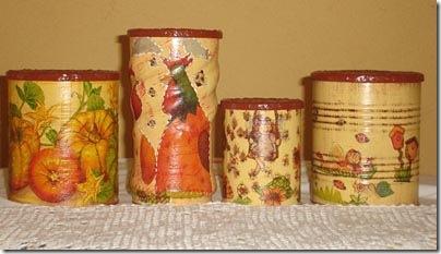 Reaproveitamento de latinhas de conserva com pintura e decoupagem