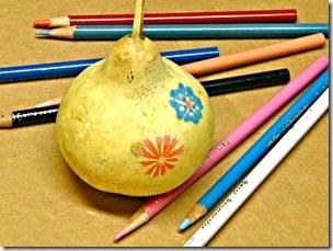 Desenhe os risocs com lápis preto comum