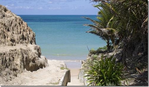 Escadaria principal da Praia de Carapibus-PB