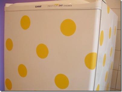 Detalhe da geladeira da Mainara