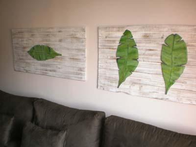 Painel com dois quadros com folhas