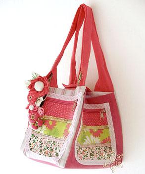 Bolsa caixa em tecido criada pela conhecida Dadá