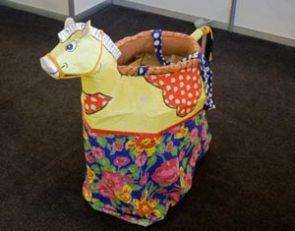 Cavalo Marinho em brinquedo