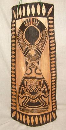 Pintado na telha um corpo de mulher, criação de Fabrício
