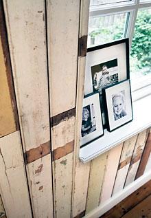 Papel de parede que parece tábuas de madeira