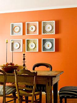 Pratos na parede dentro de molduras, maneira de usar