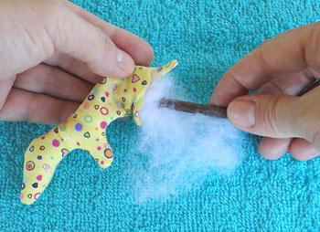 Recheie com plumante ou fibra siliconada