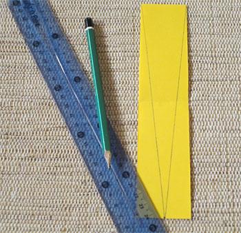 Escolha o modelo desejado e desenhe no verso de sua tira de papel