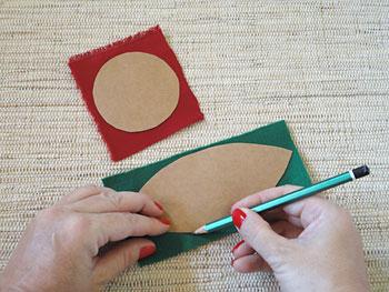 Corte e desenhe os moldes do miolo e das folhas