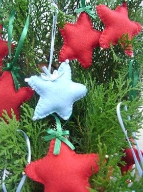 Enfeites de natal em formato de estrela para a árvore