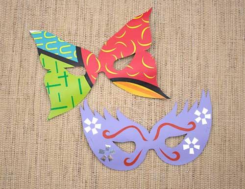 Máscaras de carnaval feitas com papel em 5 minutos