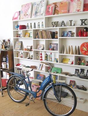 Bicicleta antiga, peca de coleção vale para decorar