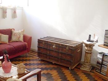 Baú usado na decoração da sala