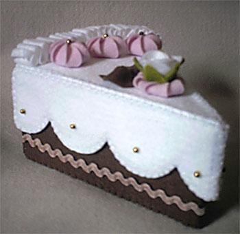 Caixa fatia de bolo em feltro