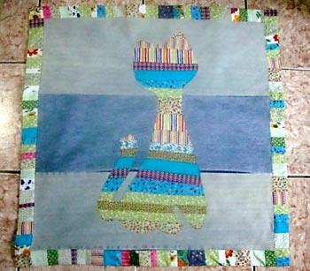 Aqui está nosso tapete infantil em patchwork finalizado