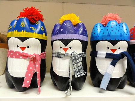 Pinguins feitos de garrafa pet para colecionar e vender