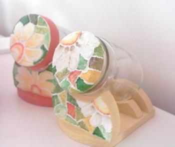 Vidros para a cozinha decorados artesanalmente