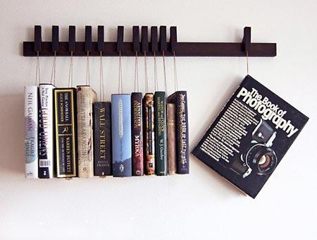 Simples suporte de livros com encaixes