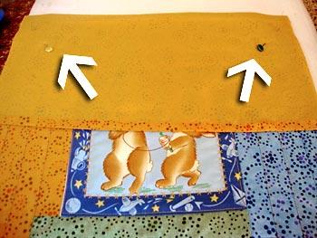 Corte as partes do verso da almofada