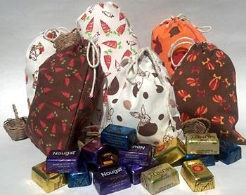 Saquinhos de tecido para guardar doces