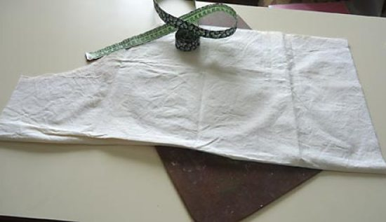 Corte o tecido conforme medidas sugeridas