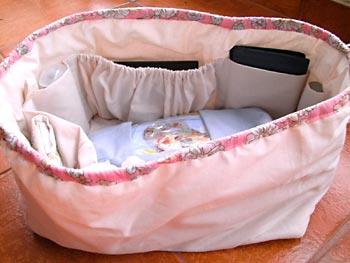 Organizador de bolsa em tecido com espaços