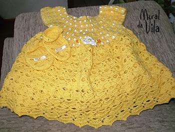 Vestido de menina em crochê