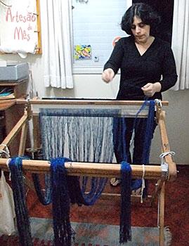 Cris Kaspar em seu atelier