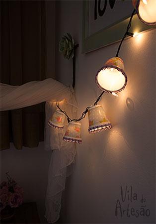 Detalhe das lanternas de copinhos
