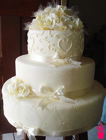 Bolo falso para festa de casamento