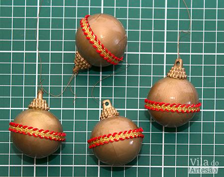 Bolas customizadas com passamanarias