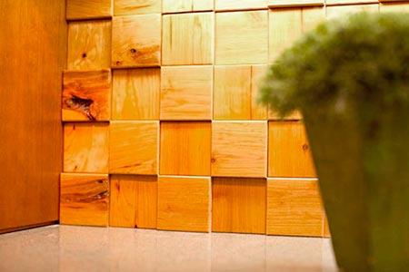 Quadradinhos de madeira em formato de azulejo