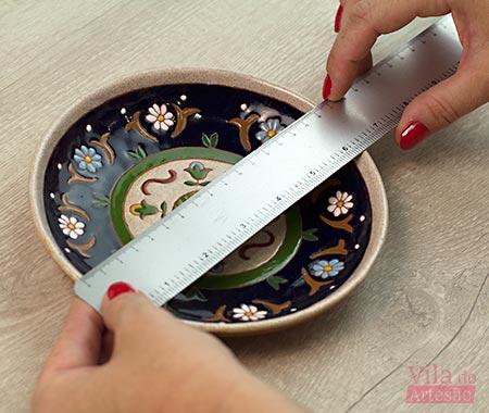 Meça o diâmetro do prato