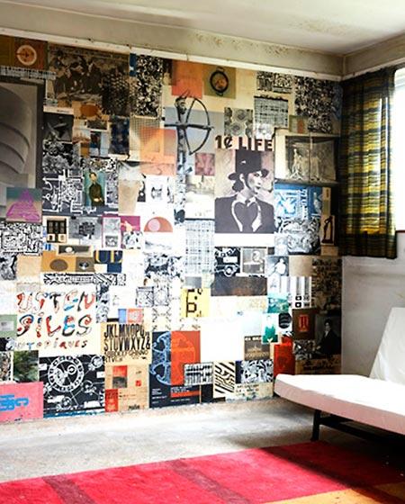 Gravuras impressas coladas na parede