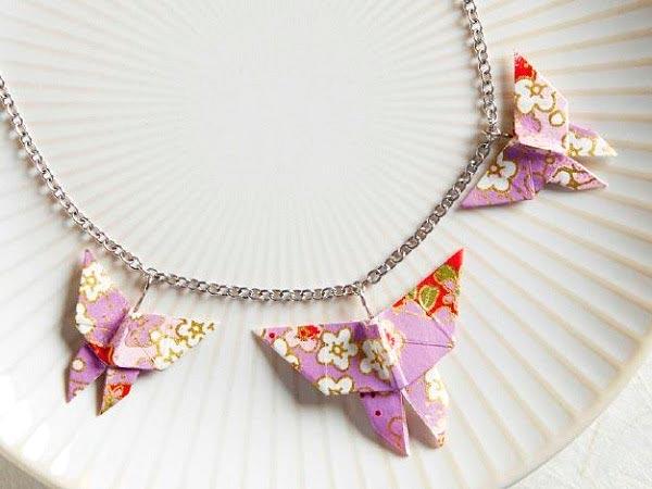 Colar com borboletas de origami