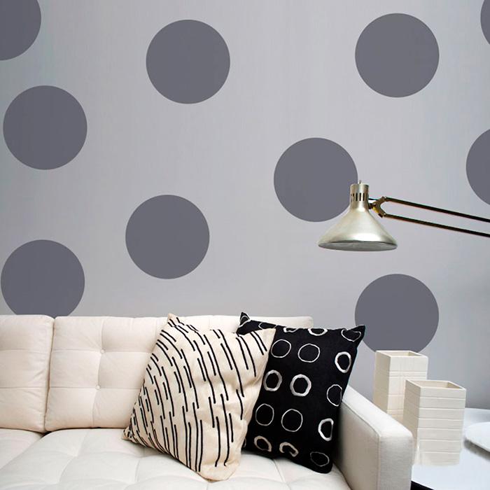 Decorando a parede com bolinhas