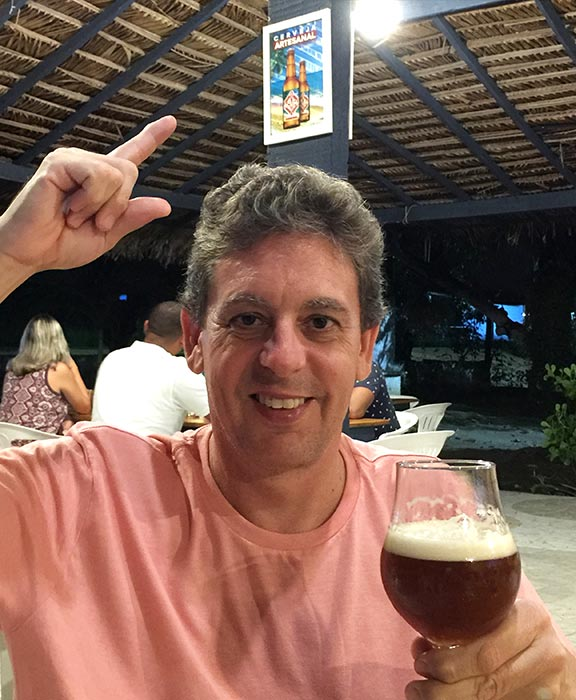 Marcelo e o novo negócio da Vila do Artesão