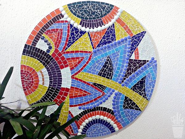 Mandala floral em mosaico