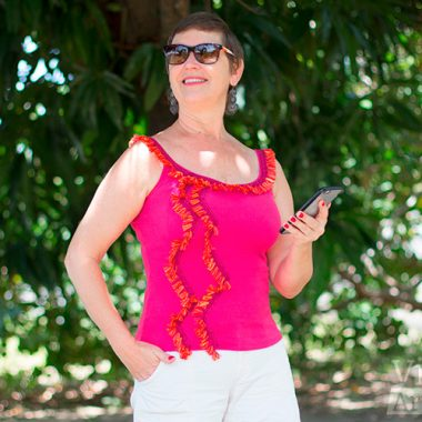 Transforme a camiseta de básica à fashion